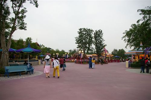 Empty and giant Fantasyland