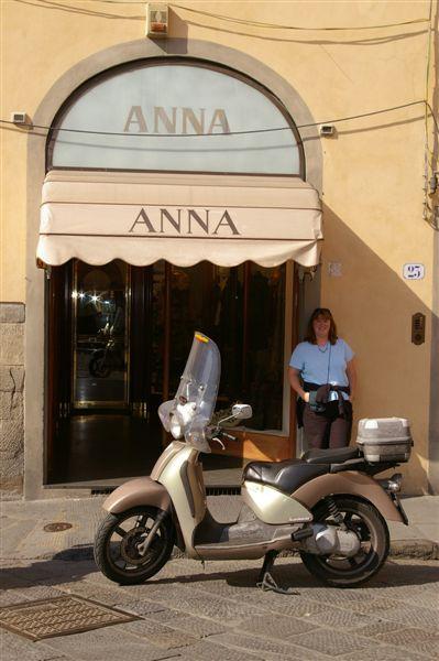 Anna's Perfetto Italiana Pose