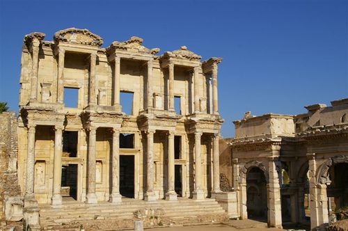 Library of Celsus, full on